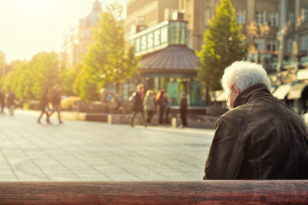 L'âge de la retraite. Psychothérapie 83200